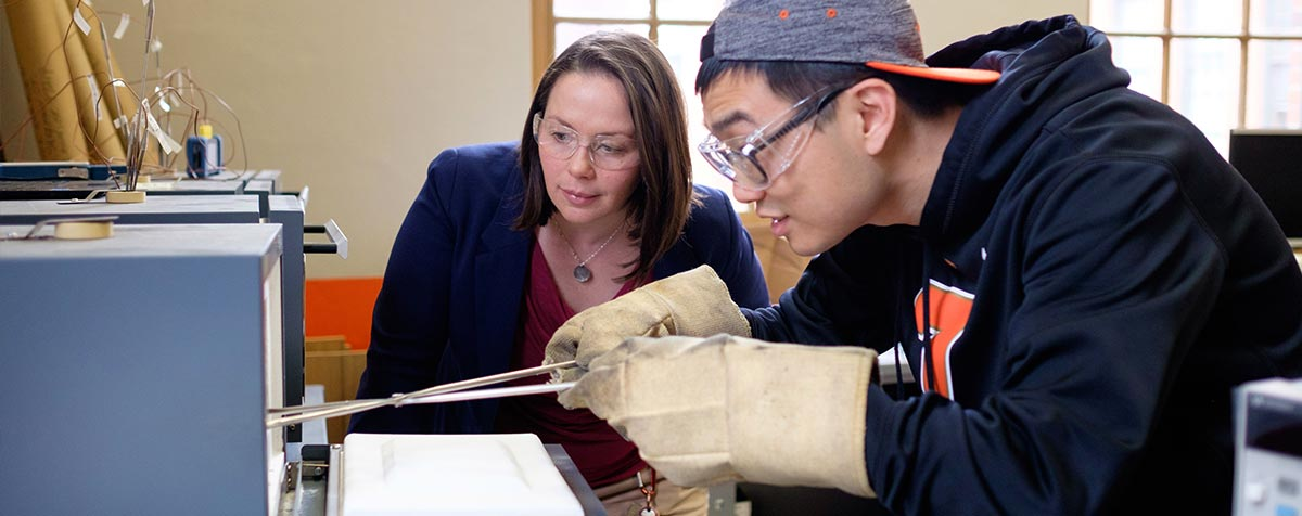 Oregon State professor Julie Tucker and student working in a lab