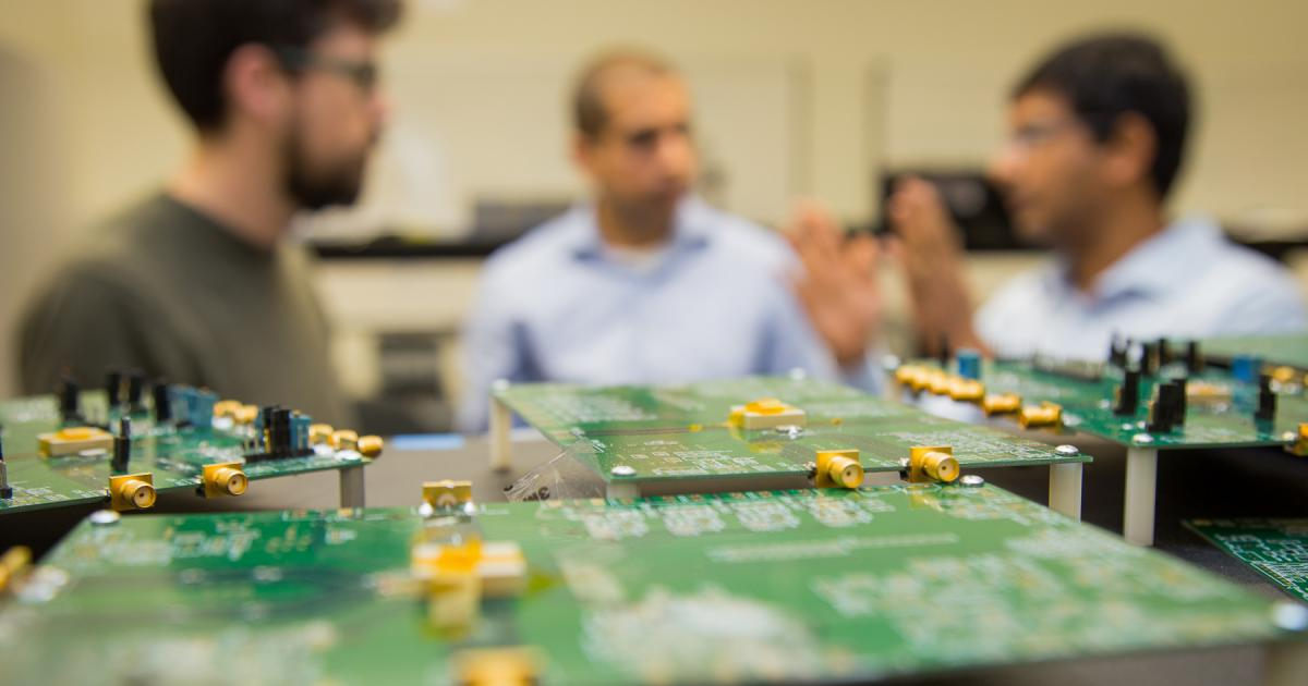 Matt Johnston, Tejasvi Anand, and Arun Natarajan discuss collaborations in their state-of-the-art Analog/Mixed Signal Lab that was recently upgraded with help from Tektronix.